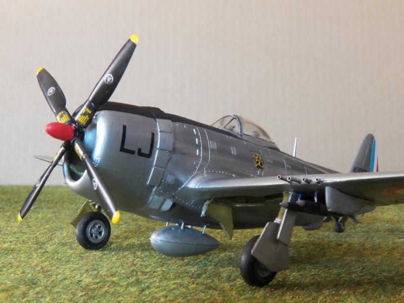[Revell ]Republic P-47D-30 Thunderbolt  P-47d-23