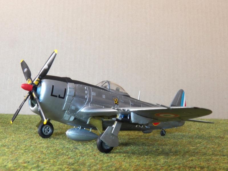 [Revell ]Republic P-47D-30 Thunderbolt  P-47d-24