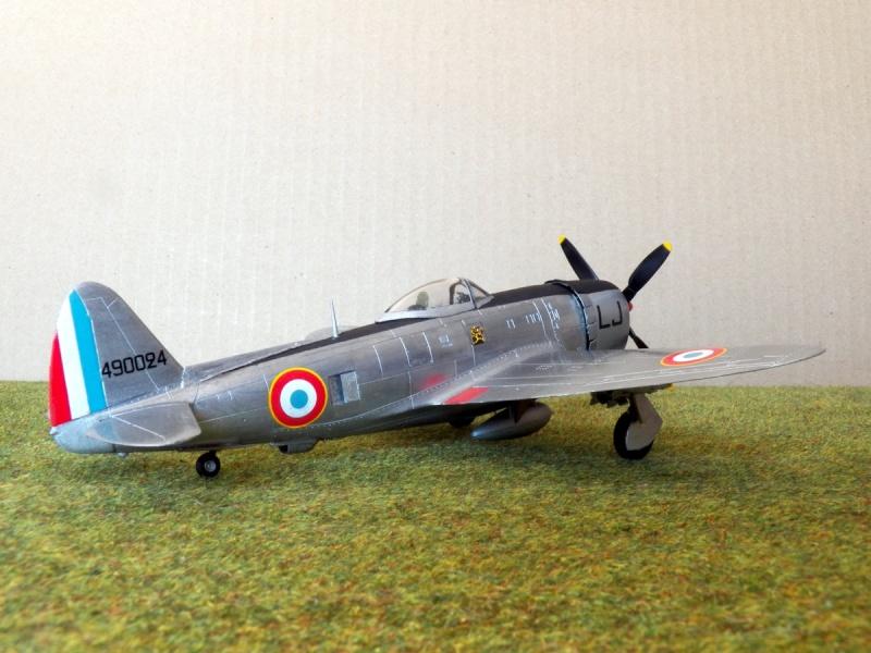[Revell ]Republic P-47D-30 Thunderbolt  P-47d-25