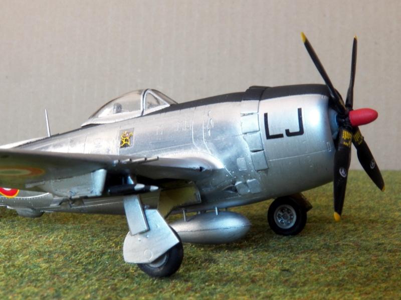 [Revell ]Republic P-47D-30 Thunderbolt  P-47d-28