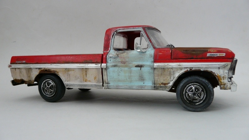 Ford Ranger XLT 1971 1/25 - Rusty farm truck. - Page 2 P1240012