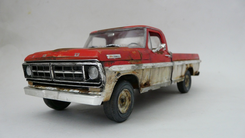 Ford Ranger XLT 1971 1/25 - Rusty farm truck. - Page 2 P1240013