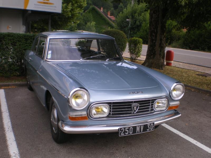 """rassemblement annuel du """"club 404 coupe cab""""..a BESANCON.. 404_0011"""