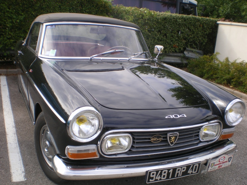 """rassemblement annuel du """"club 404 coupe cab""""..a BESANCON.. 404_0110"""