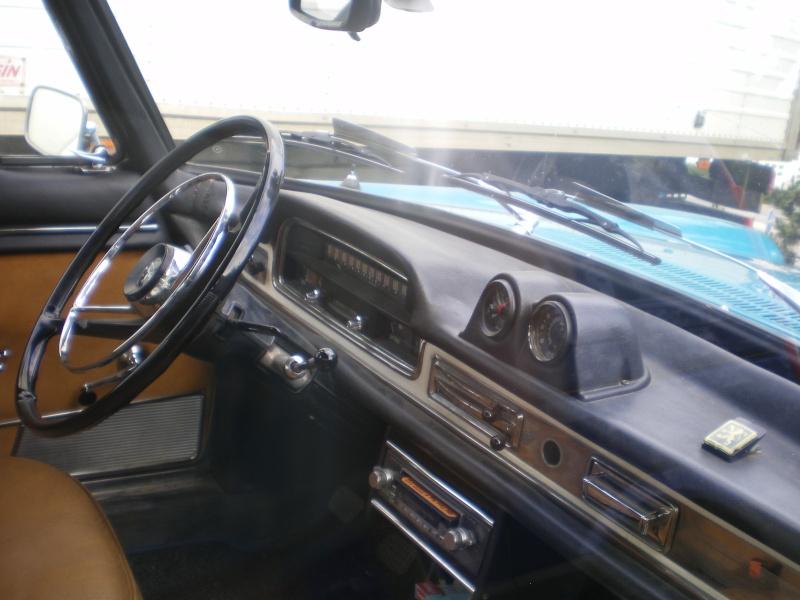 """rassemblement annuel du """"club 404 coupe cab""""..a BESANCON.. 404_0210"""