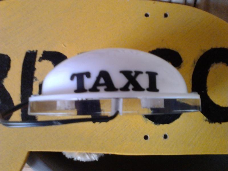 Vds Véritable coiffe de taxi Colombien (Acheté à Bogota) Img_2555