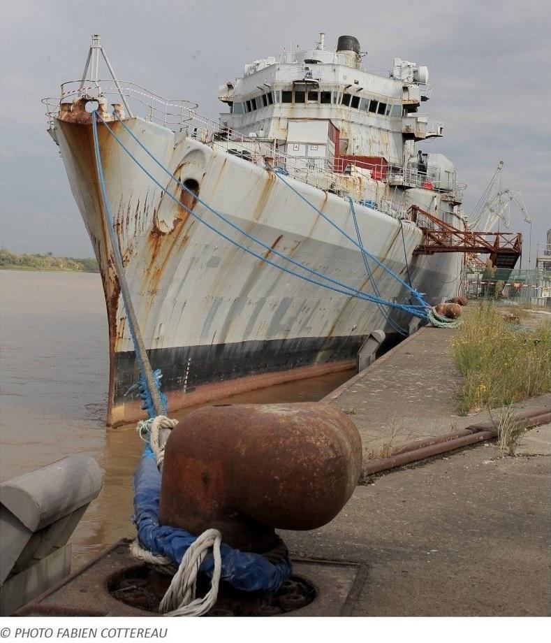[Autre sujet Marine Nationale] Démantèlement, déconstruction des navires - TOME 2 - Page 6 213