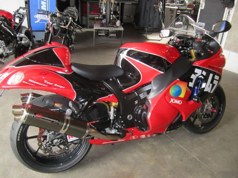 Y a des amateurs de motos ici ? - Page 3 001_410