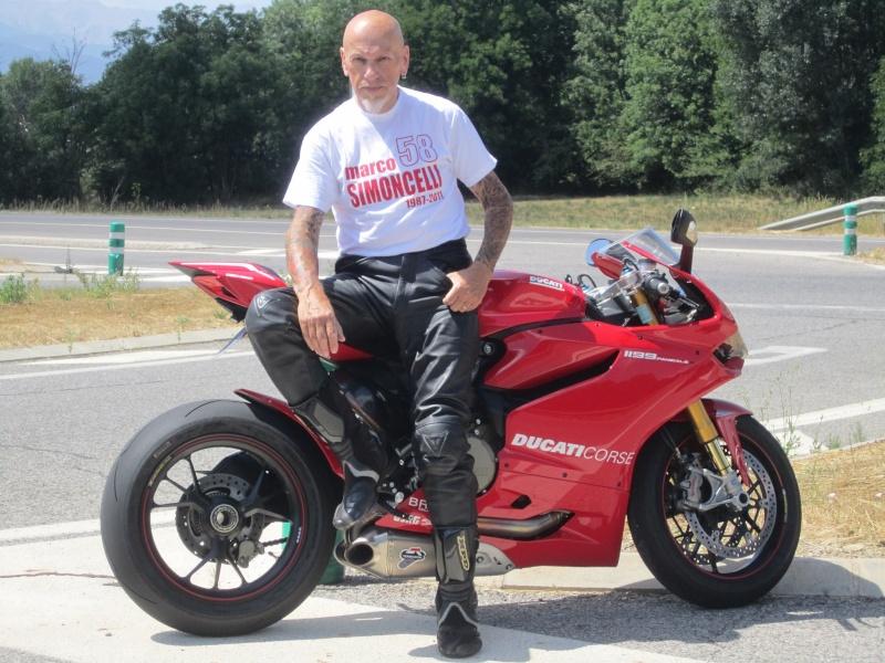 Y a des amateurs de motos ici ? - Page 3 10386910