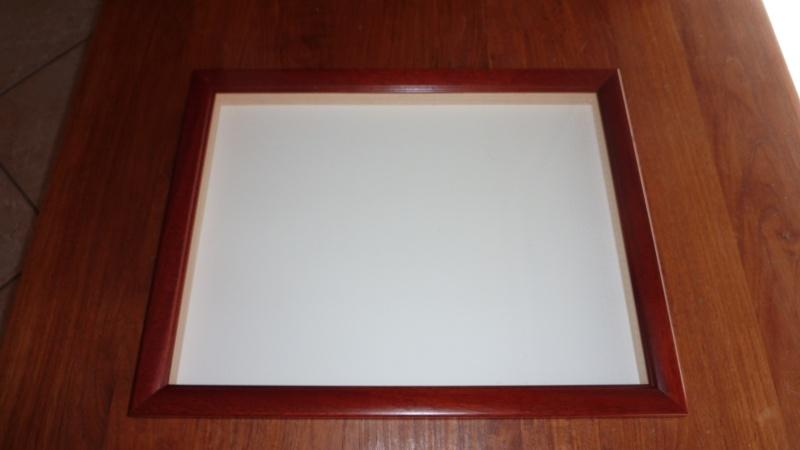 vends ou échange cadres entomologiques P1030510