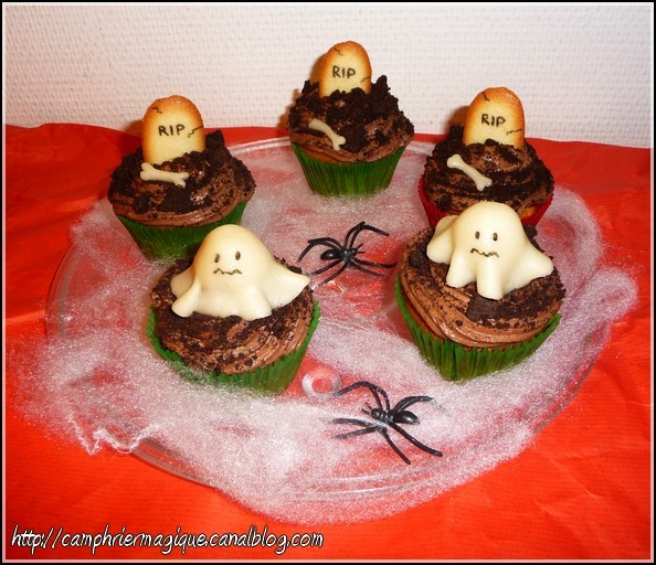 muffins et cupcakes d'halloween - Page 13 Cupcak11