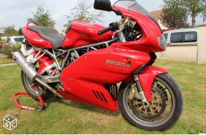 deux cylindres en plus, cela change tout Ducati10
