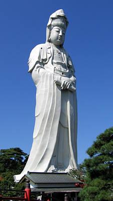 Statues monumentales Takasa10
