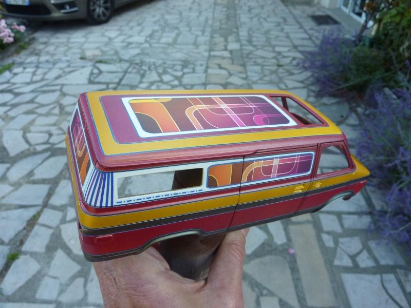 Van Chevy 75 (Vantasy) terminé - Page 2 Deco_v11