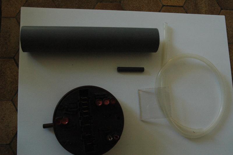 un detecteur de niveau mini maxi presque gratuit Dsc_0210