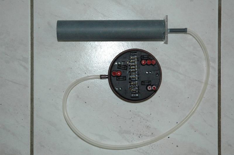 un detecteur de niveau mini maxi presque gratuit Dsc_0213