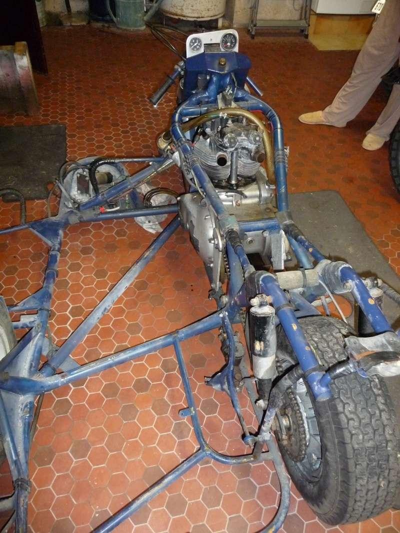 Deux cylindres ,trois roues P1120810