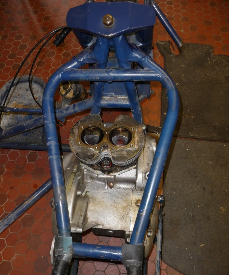 Deux cylindres ,trois roues P1120814