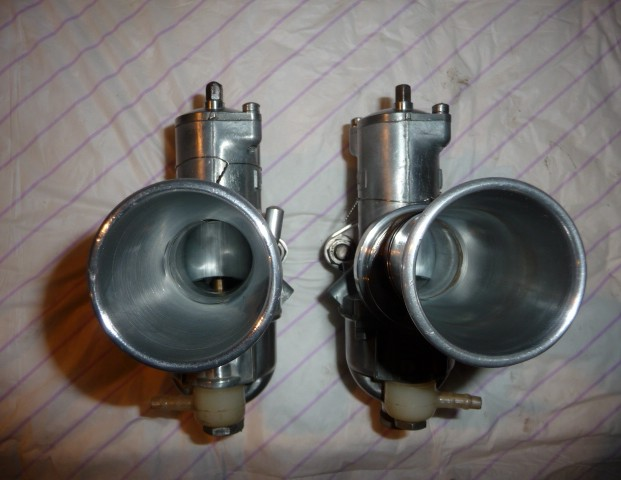 Deux cylindres ,trois roues - Page 4 P1130016