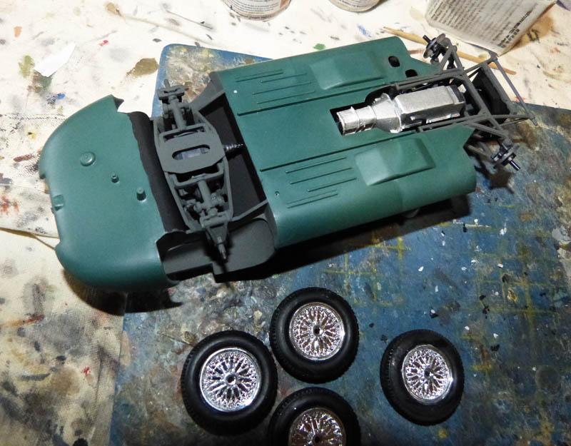 JAGUAR Type E Cabriolet - 1/24. Jaguar48