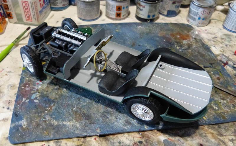 JAGUAR Type E Cabriolet - 1/24. Jaguar50
