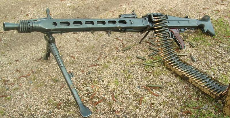 Maschinengewehr Typ 42 Mg42_110
