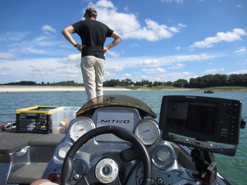 La Compèt : Viens en Float, Repars en Boat!! Le retour!! - Page 10 Distri10