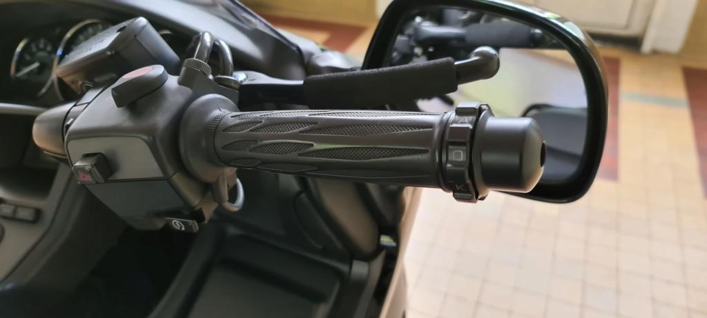 «Régulateur» mécanique kaoko D9ad6910