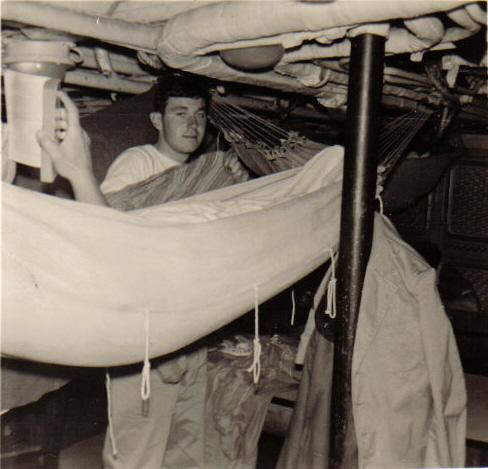 [Les traditions dans la Marine] Les hamacs. - Page 2 Bisson12