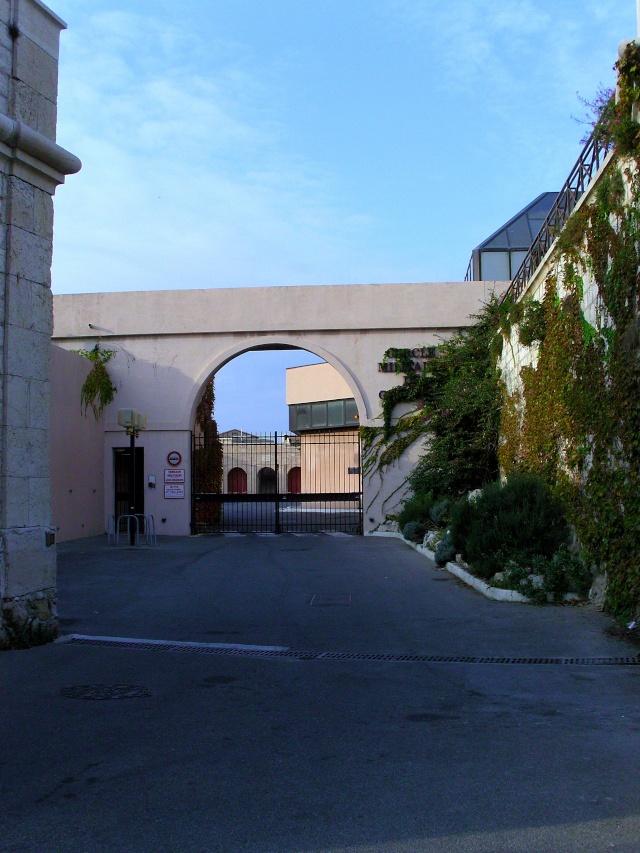 [Vie des ports] Marseille - Page 3 Snb11810