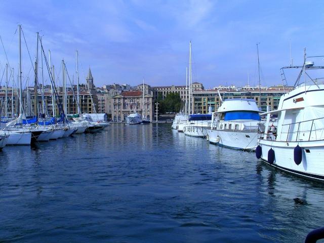 [Vie des ports] Marseille - Page 3 Snb11845