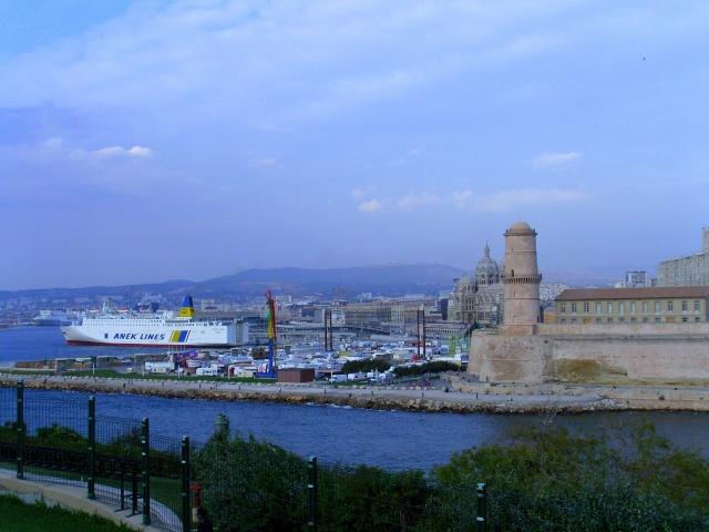 [Vie des ports] Marseille - Page 3 Snb11854