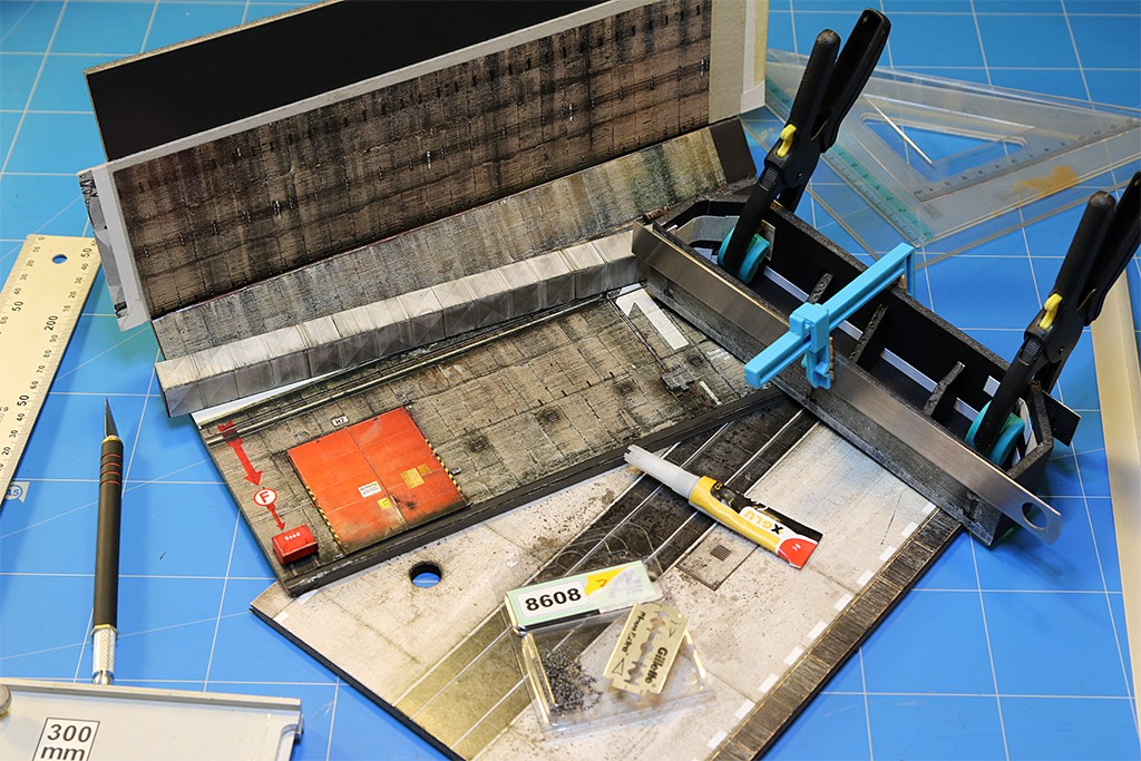Hangar bunker ''REIMAHG-Werk Lachs'' (1:72 USCHI) Img_5014