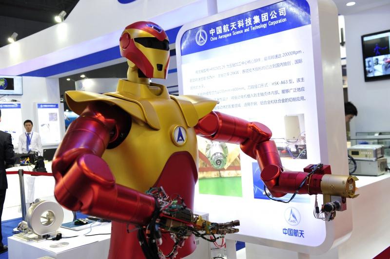 [Chine] La chine dévoile son robot spatial 006_2010