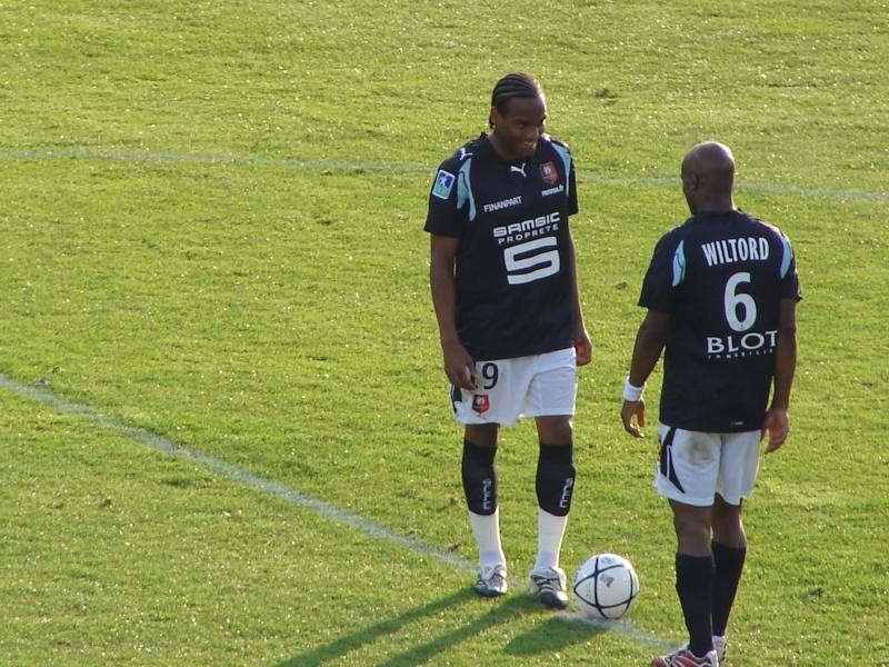 Stade Rennais - Page 4 Dsc03523