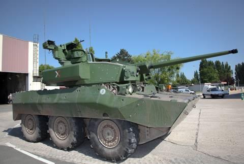Démonstrateur NEXTER  T-40 [ ADV Mini & Sharkit - 1/72°] 2012a-10
