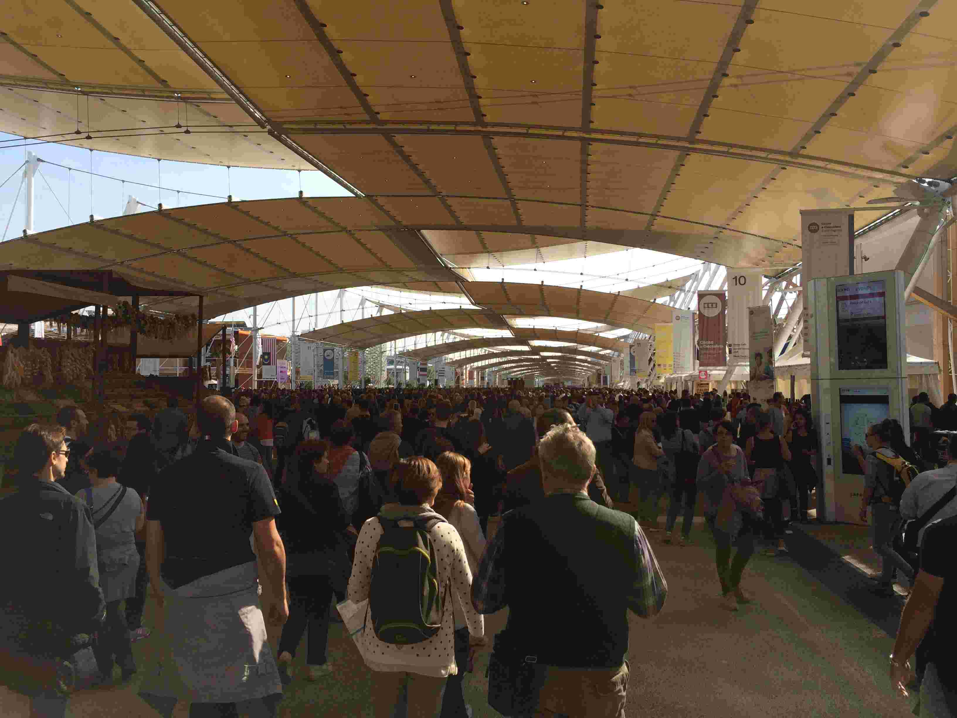 [Désormais visible dans Google Earth] L'Exposition Universelle 2015 à Milan - Italie Img_6410