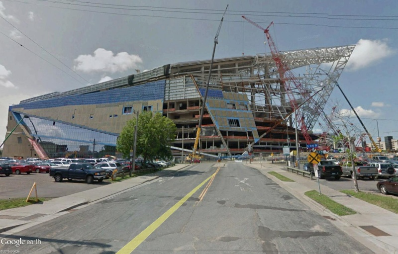 Le toit du Metrodome de Minneapolis s'effondre ! Sans_286