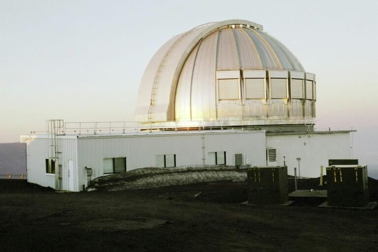 Observatoires astronomiques vus avec Google Earth - Page 11 United17