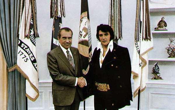 ELVIS PRESLEY, TIENE UN DUDOSO PASADO - Página 2 Elvis-10