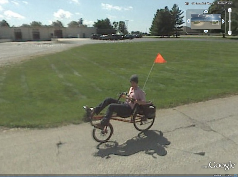 STREET VIEW : triporteurs et autres véhicules à pédales  - Page 2 Cycle10