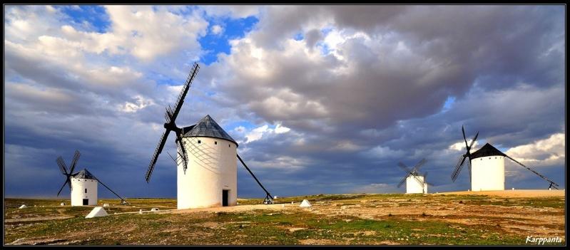 STREET VIEW : Les moulins a vent Moul1210