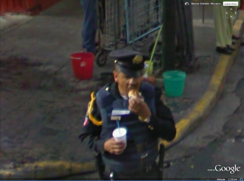 STREET VIEW : la Police en action Poulet10