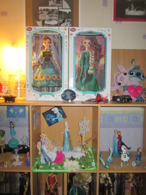 Disney Store Poupées Limited Edition 17'' (depuis 2009) 03411