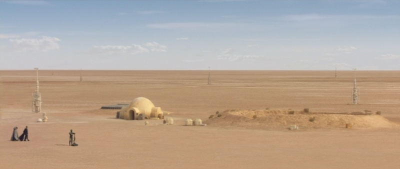 Dans les sables de Tatooine : sur les traces de George Lucas en Tunisie (Star Wars 4: A New Hope et Star Wars 1: The Phantom Menace) 2002-s10