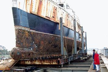 Sauvez la Calypso du Cdt Cousteau 20071110