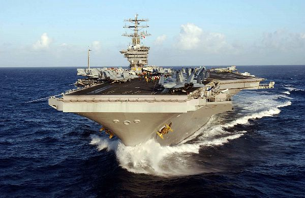 CV & CVN : Aircraft Carriers - Porte-avions - Page 2 Web_0515