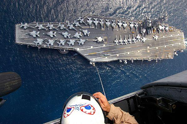 CV & CVN : Aircraft Carriers - Porte-avions - Page 2 Web_0614