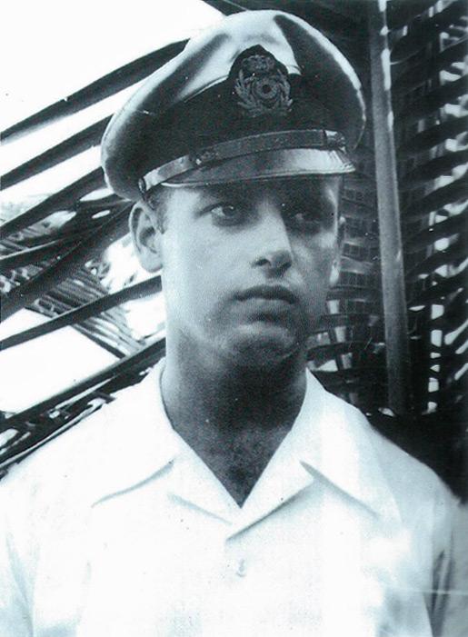 Fille d'un ancien de la Force Navale - Page 3 Yoland10