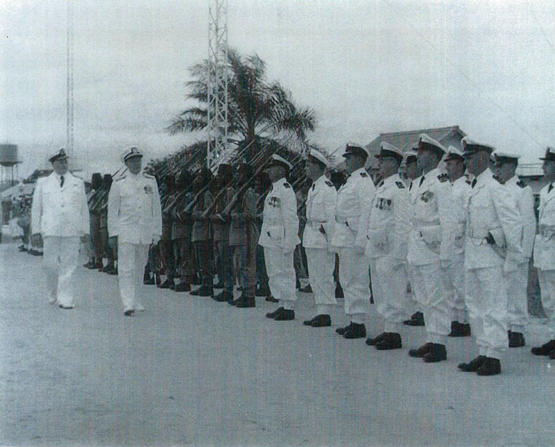 Fille d'un ancien de la Force Navale - Page 3 Yoland12